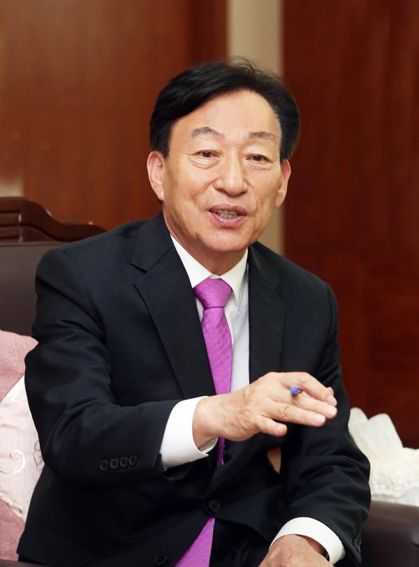 """""""창의융합형 인재 양성 역점 … 3대 무상교육 실현"""""""
